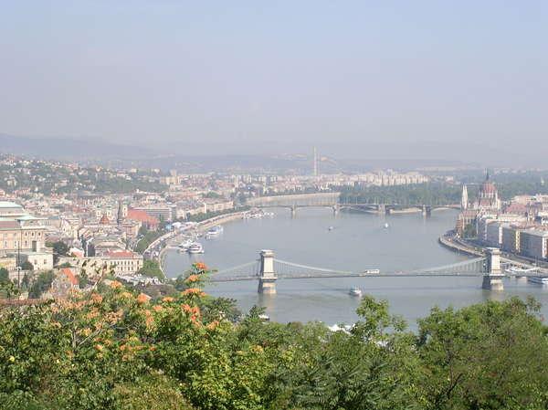 Вид на Будапешт (600x449, 50Kb)