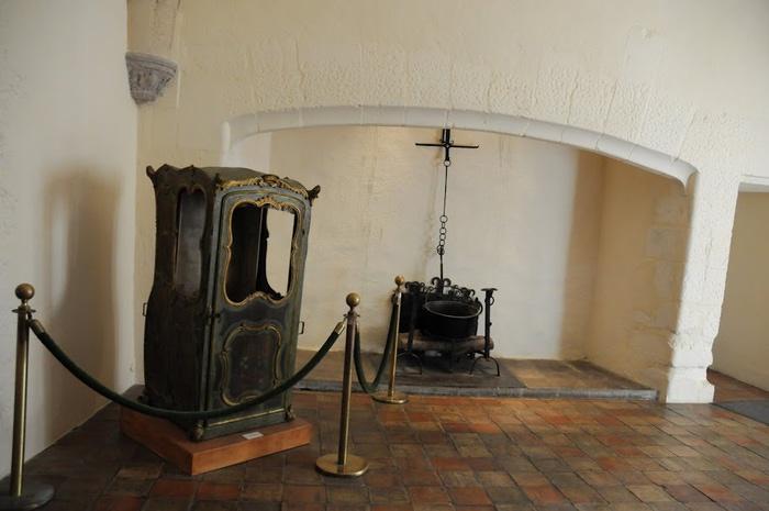 Замок По - Родовой замок Бурбонов 52790