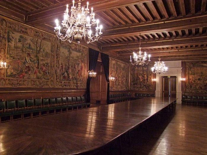 Замок По - Родовой замок Бурбонов 63913