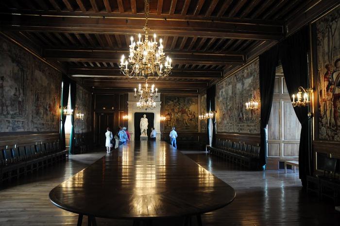 Замок По - Родовой замок Бурбонов 58110