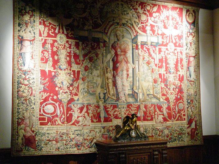 Замок По - Родовой замок Бурбонов 33960