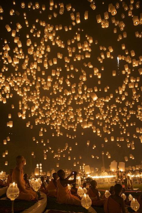 фестиваль небесных фонариков3 (466x700, 148Kb)