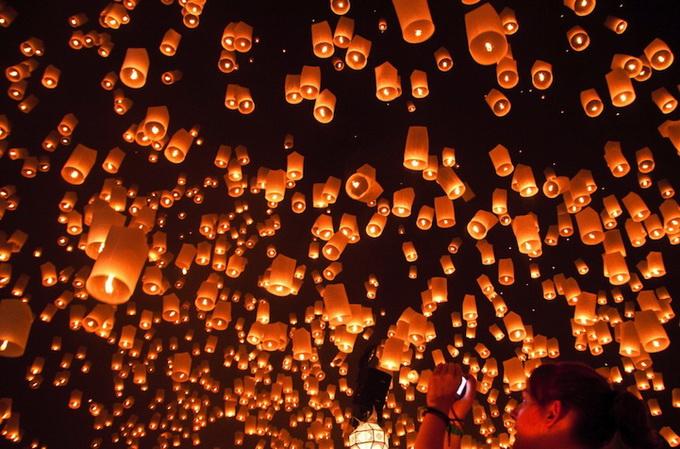фестиваль небесных фонариков7 (680x449, 157Kb)