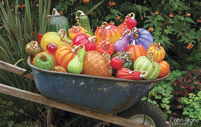 11pumpkin-garden-wheelbarrow (700x443, 67Kb)