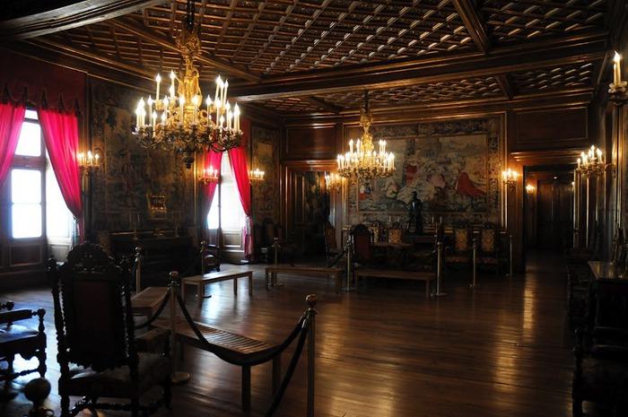 Замок По - Родовой замок Бурбонов 26087