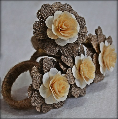 rustic_napkin_rings_burlap_and_wood_roses-_set_of_4_d64b636c (494x500, 65Kb)