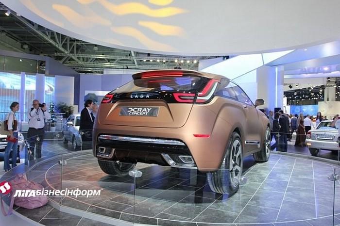 Lada XRAY новый российский автомобиль 5 (700x466, 93Kb)