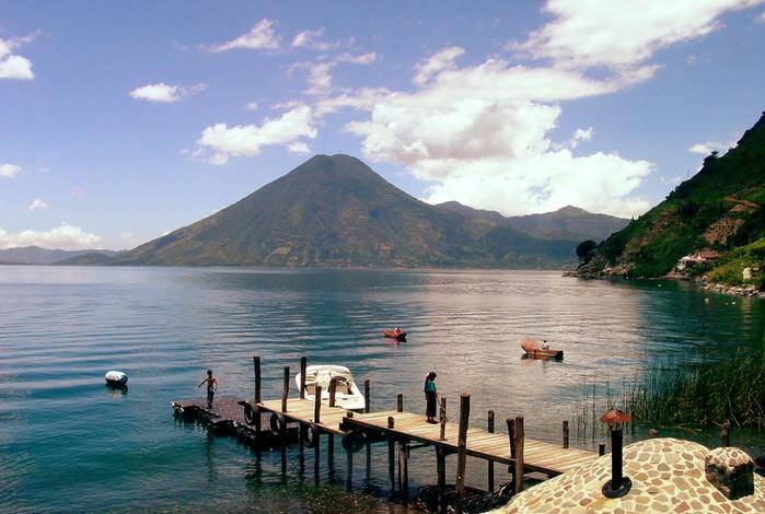 Озеро Атитлан, Гватемала (700x470, 92Kb)