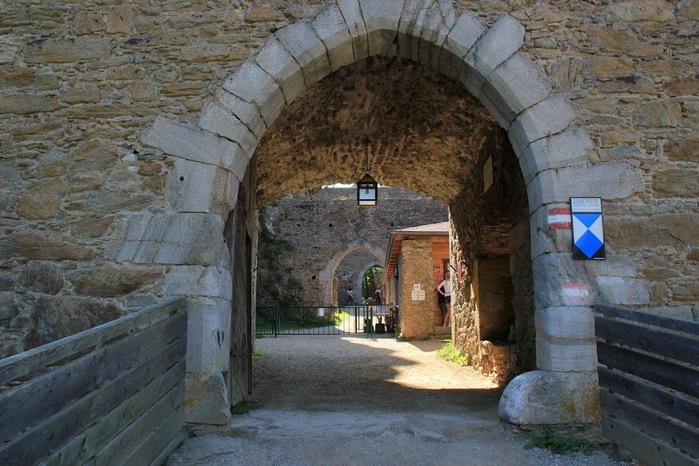 Развалины замка Аггштайн у вод Дуная 91583