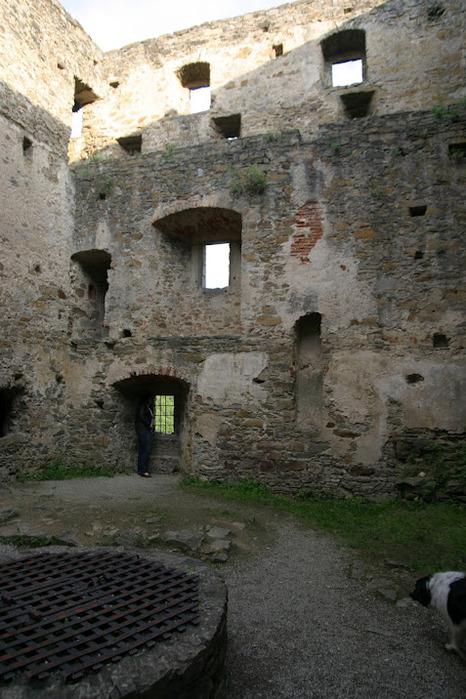 Развалины замка Аггштайн у вод Дуная 49801