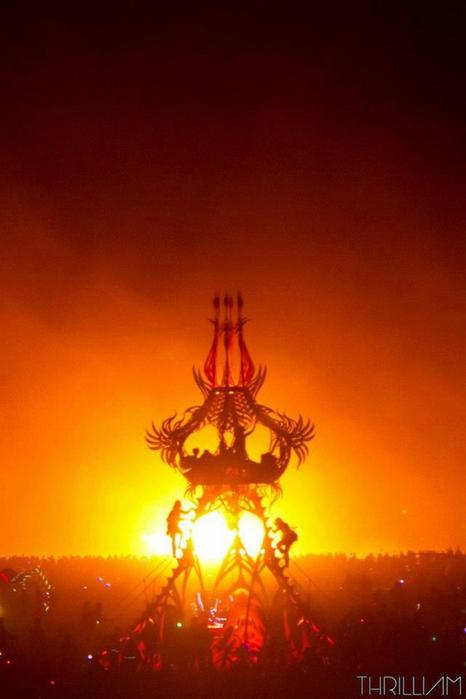 Лучшие фото фестиваля Burning Man 2012 21 (466x700, 258Kb)
