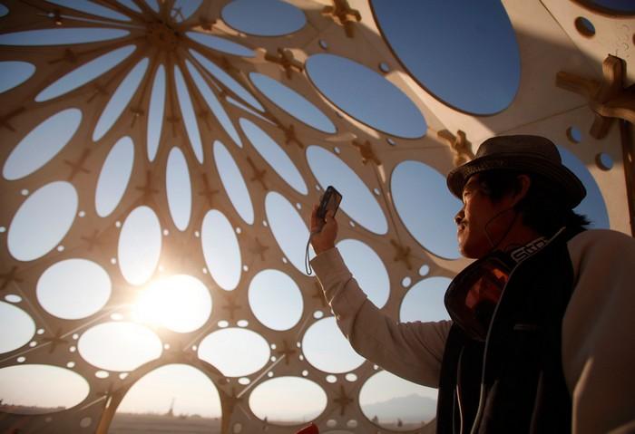Лучшие фото фестиваля Burning Man 2012 45 (700x479, 67Kb)