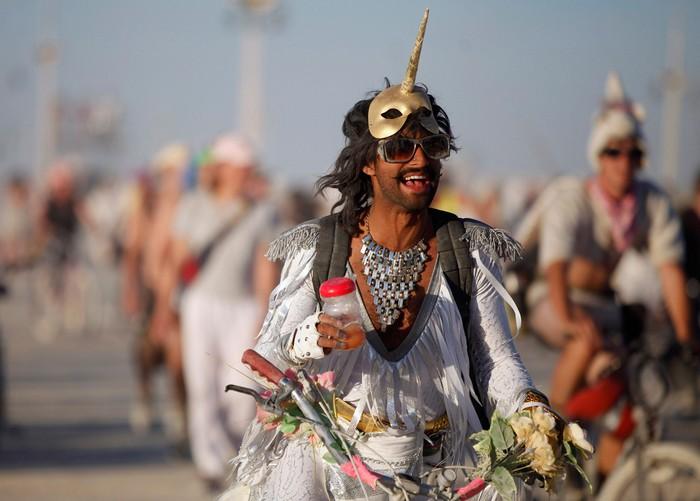 Лучшие фото фестиваля Burning Man 2012 52 (700x501, 75Kb)