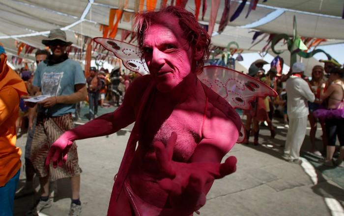 Лучшие фото фестиваля Burning Man 2012 57 (700x440, 81Kb)