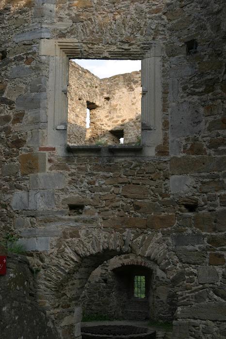 Развалины замка Аггштайн у вод Дуная 69508