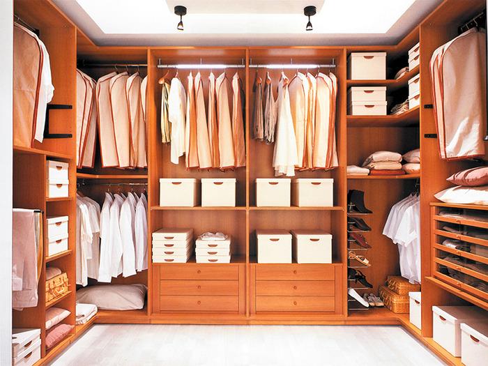 Сборка и монтаж мебели от фирмы.  Краткие сроки и качество гарантираны.  С такими шкафами комфорт и.