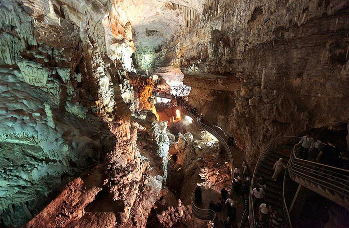 cave-11 (700x458, 232Kb)