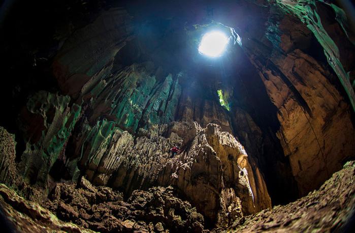 cave-17 (700x458, 177Kb)