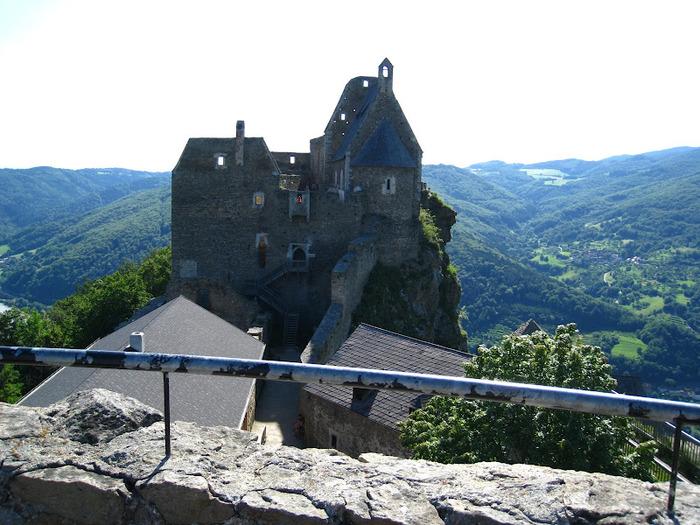 Развалины замка Аггштайн у вод Дуная 96194