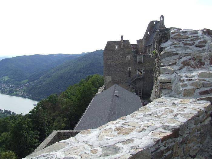 Развалины замка Аггштайн у вод Дуная 69689