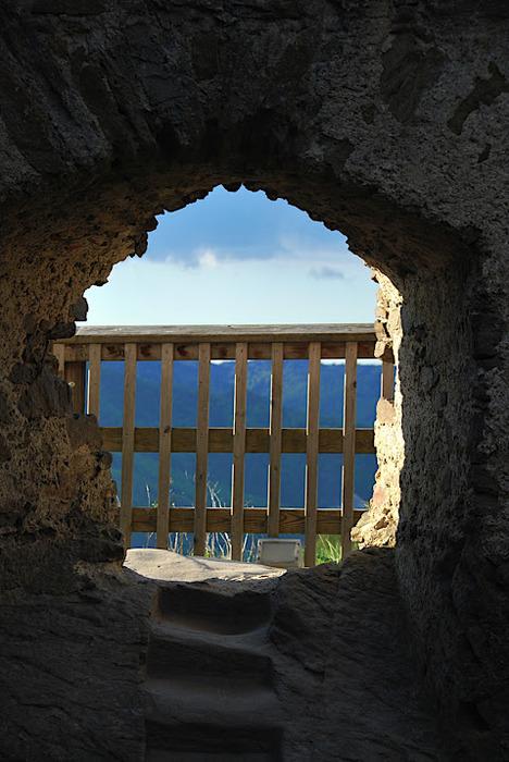 Развалины замка Аггштайн у вод Дуная 38099