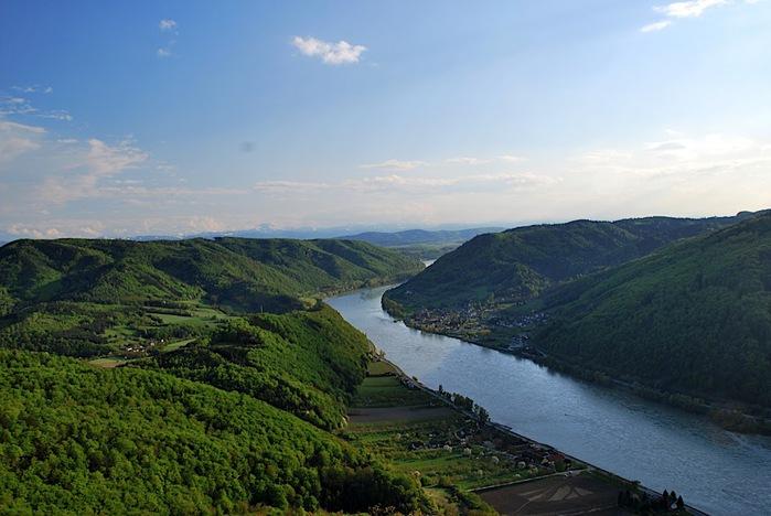 Развалины замка Аггштайн у вод Дуная 61376