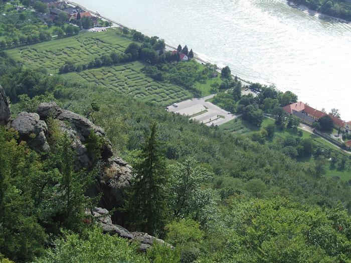 Развалины замка Аггштайн у вод Дуная 63024