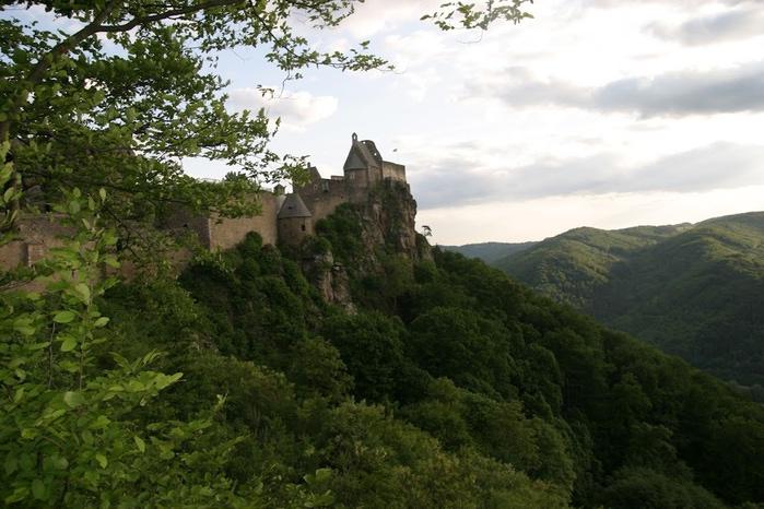 Развалины замка Аггштайн у вод Дуная 96867