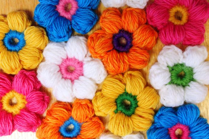 Цветок из пышных столбиков