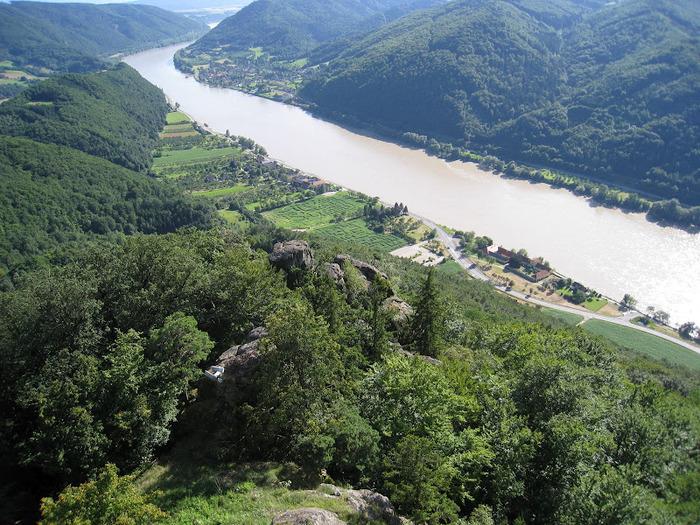 Развалины замка Аггштайн у вод Дуная 91671