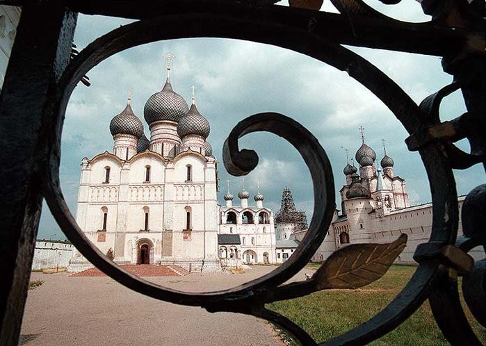 4498623_Rostovskii_kreml (700x498, 125Kb)