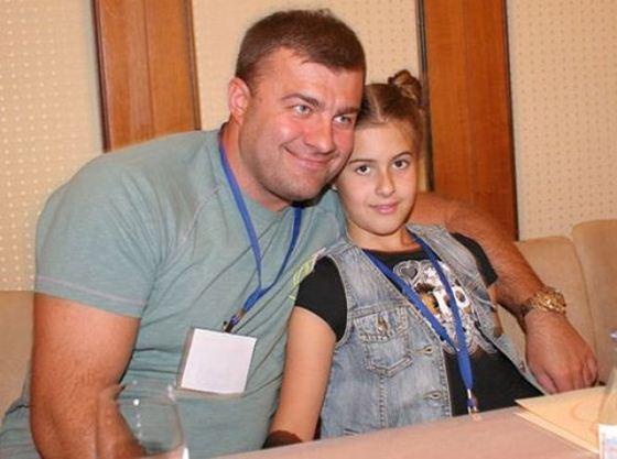 5 Михаил Пореченков (560x417, 36Kb)