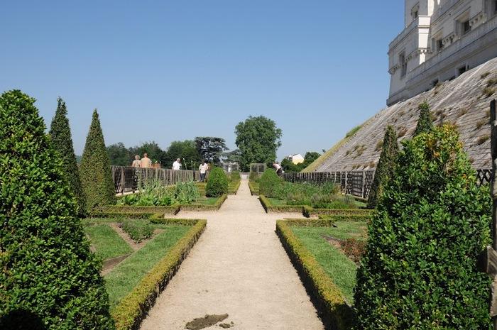 Замок По - Родовой замок Бурбонов 33773