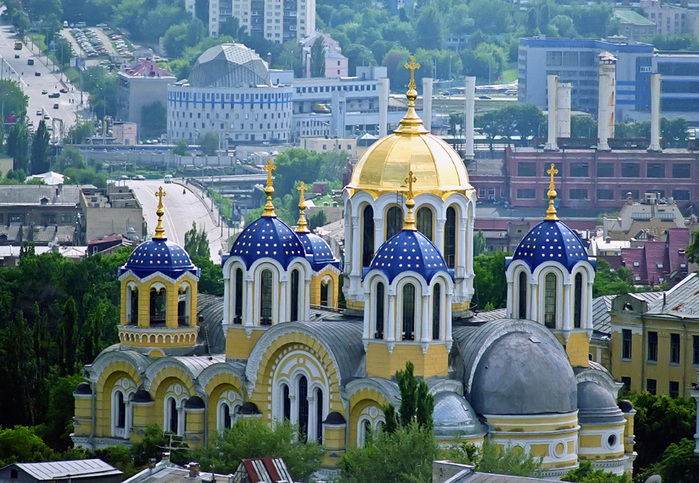Президент Благодійного Фонду «Підтримки Українських ініціатив» Д.Снєгирьов звернувся з відкритим листом до С. Кравченко