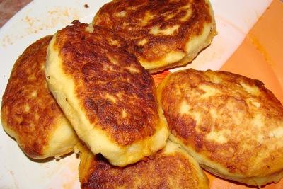 картофельные пирожки (400x267, 75Kb)