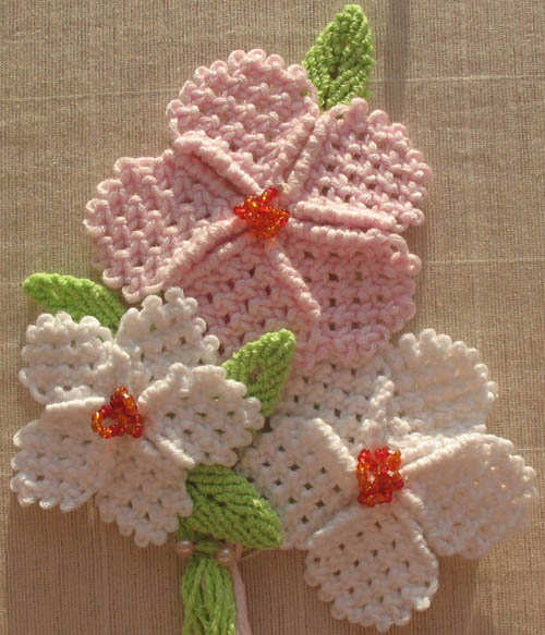 Макраме цветок из квадратных