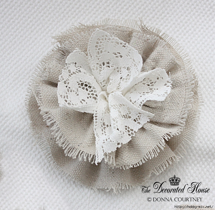 The Decorated House DIY Tutorial Fabric Flower 4 (700x684, 332Kb)