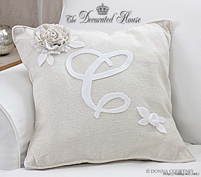 The Decorated House Pottery Barn Like Monogram Pillow (700x614, 223Kb)