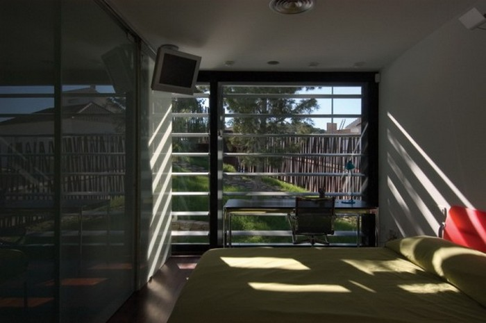 Дом среди сосен 16 (700x465, 63Kb)