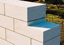 Использование газоблока и керамического кирпича в современном строительстве