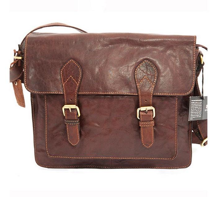 50 стильных сумок для мужчин сезона осень-зима 2012 7 (700x638, 78Kb)