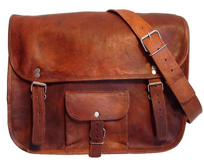 50 стильных сумок для мужчин сезона осень-зима 2012 11 (700x557, 78Kb)