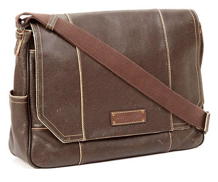 50 стильных сумок для мужчин сезона осень-зима 2012 47 (700x586, 101Kb)