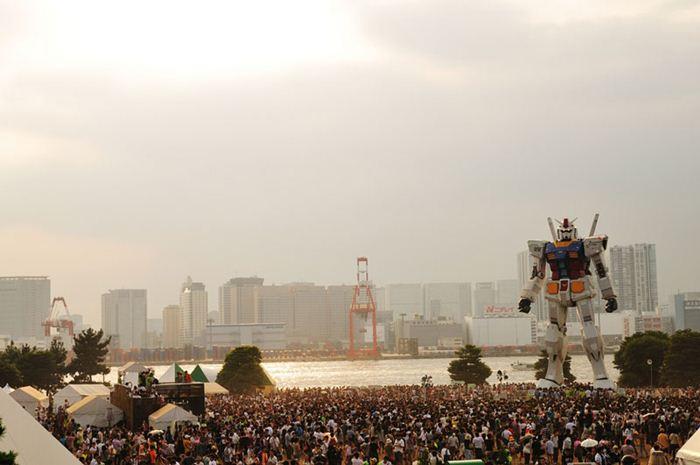 RX-78 Gundam12 (700x465, 42Kb)