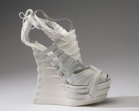туфли из скелетов6 (477x380, 58Kb)