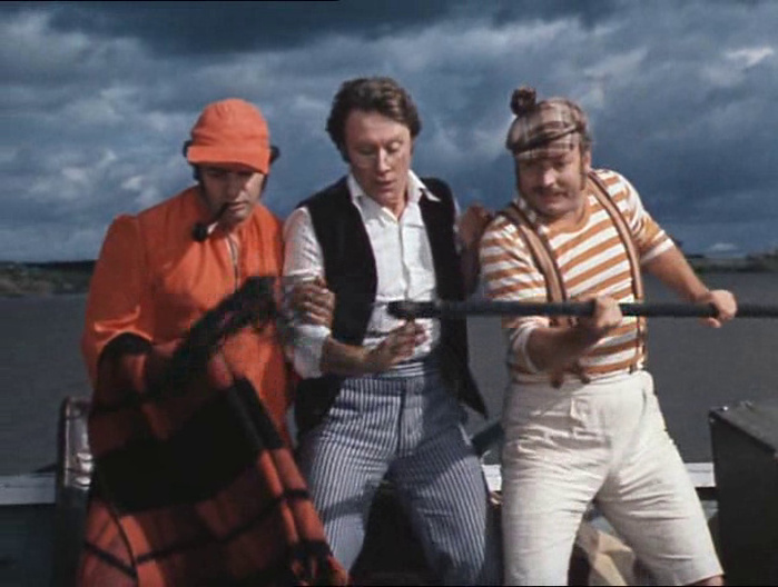 трое в лодке лабиринт видео