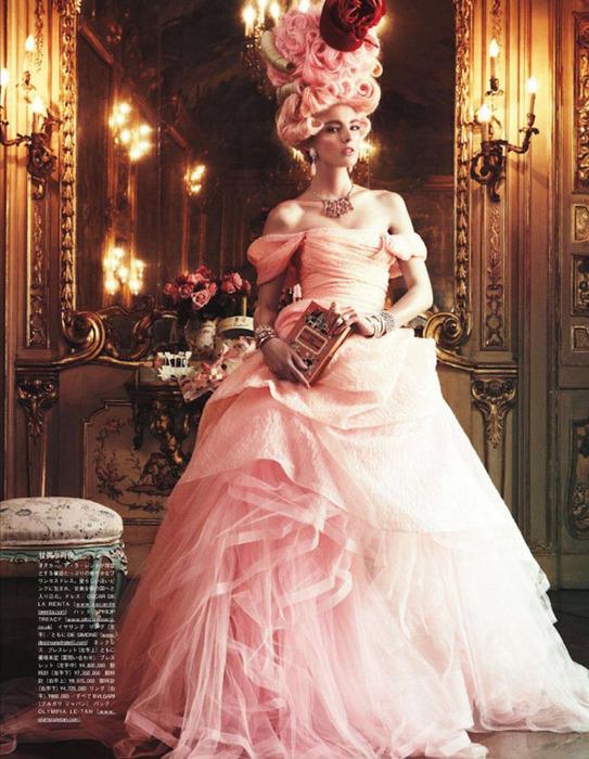 Мария Антуанетта на страницах Vogue3 (543x700, 161Kb)