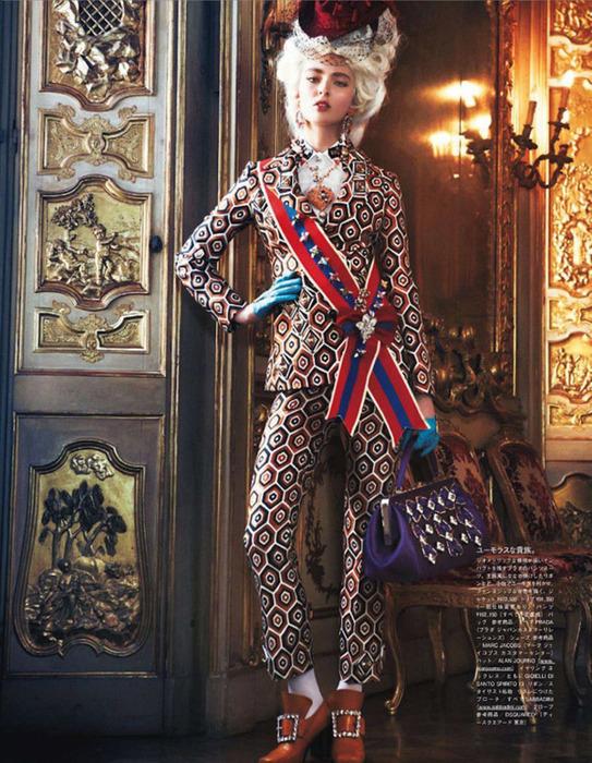Мария Антуанетта на страницах Vogue5 (543x700, 195Kb)