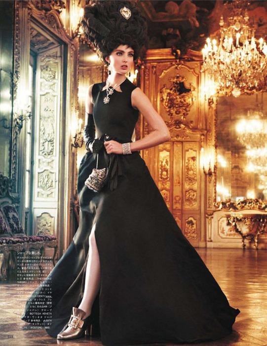 Мария Антуанетта на страницах Vogue7 (541x700, 160Kb)
