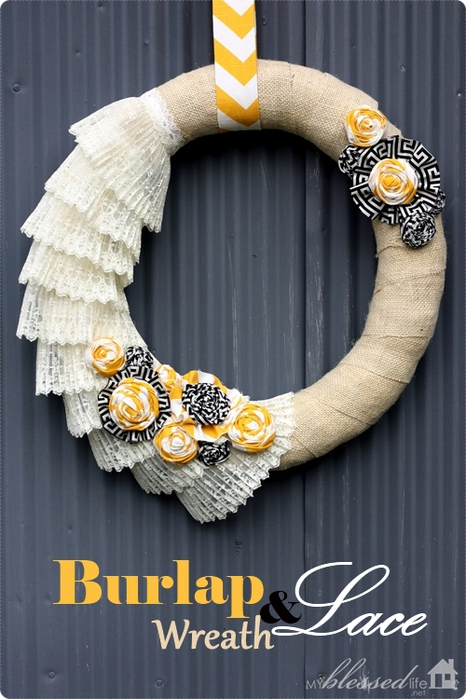 burlap-and-lace-wreath-with-embellishments (1) (466x700, 243Kb)